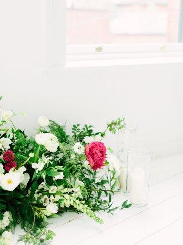 Minimalist Wedding Inspiration from Love & 4