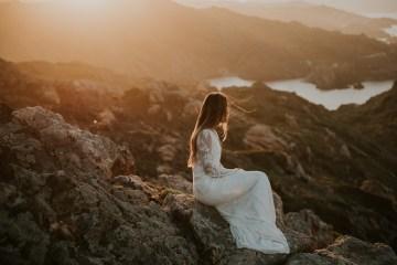 Free-Spirited & Panoramic Boho Wedding Inspiration | Sara Cuadrado and El Ramo Volador 16