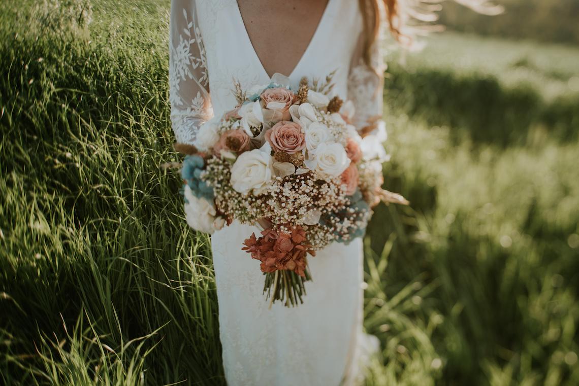 Free-Spirited & Panoramic Boho Wedding Inspiration   Sara Cuadrado and El Ramo Volador 35