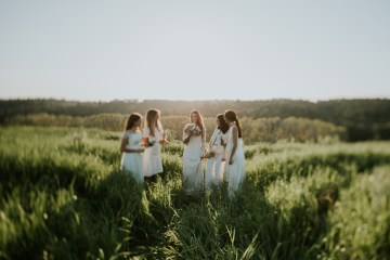Free-Spirited & Panoramic Boho Wedding Inspiration | Sara Cuadrado and El Ramo Volador 37
