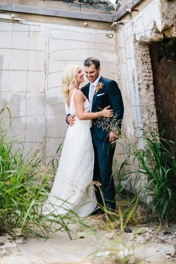 Fun, Scenic, Lakeside Wedding with Dried Floral Bouquets | Studio 1208 37