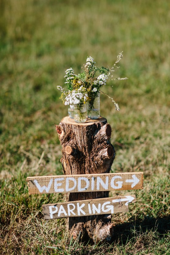 Fun, Scenic, Lakeside Wedding with Dried Floral Bouquets | Studio 1208 55