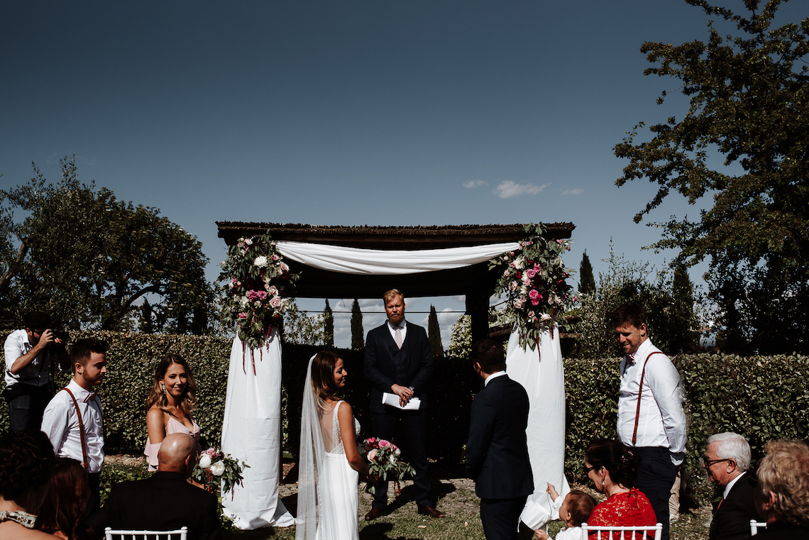 Intimate and Romantic Wedding In Tuscany | Silvia Galora Photography 14