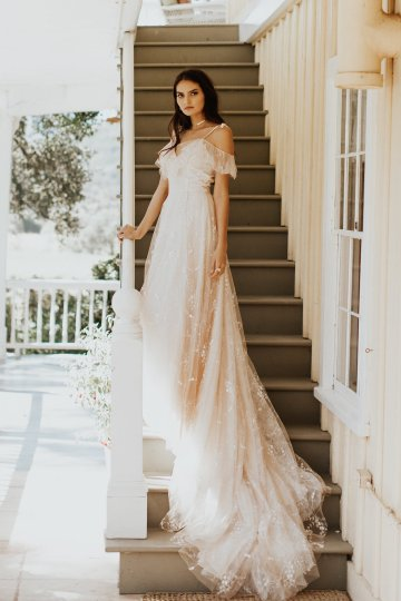 The Luxurious & Bohemian Ember Dusk Spring 2018 Collection from Tara Lauren | Anni Graham 15