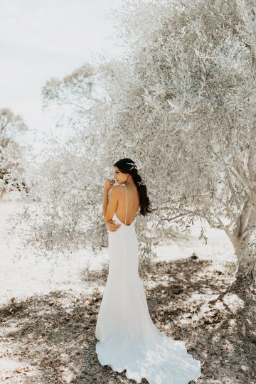 The Luxurious & Bohemian Ember Dusk Spring 2018 Collection from Tara Lauren | Anni Graham 20