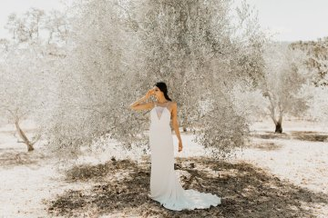 The Luxurious & Bohemian Ember Dusk Spring 2018 Collection from Tara Lauren | Anni Graham 57