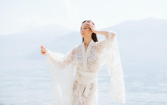 Calm, Ethereal & Romantic Lake Como Wedding Inspiration