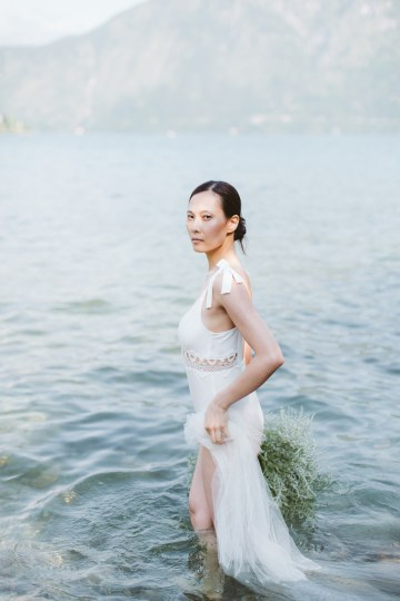 Calm, Ethereal & Romantic Lake Como Wedding Inspiration | Valentina Operandi 16