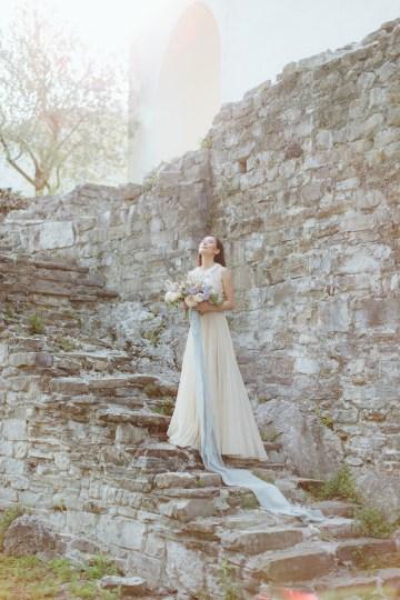 Calm, Ethereal & Romantic Lake Como Wedding Inspiration | Valentina Operandi 24