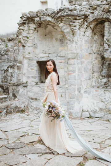 Calm, Ethereal & Romantic Lake Como Wedding Inspiration | Valentina Operandi 44