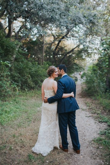 Colorful & Eclectic Americana Wedding in Texas | Amber Vickery Photography 49