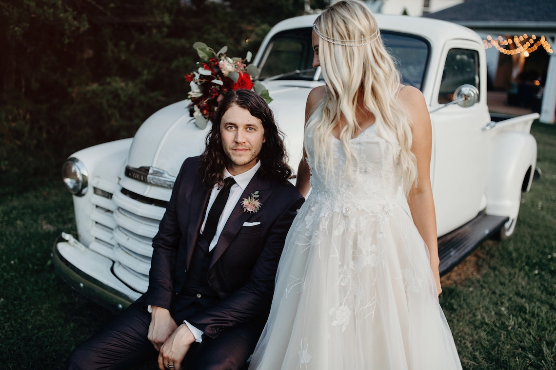 Cool Pampas Grass Wedding With Deep Berry Tones | Cedarwood Weddings 32