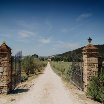 Italian Countryside Wedding with Old-World Charm | Luxia Photography 2