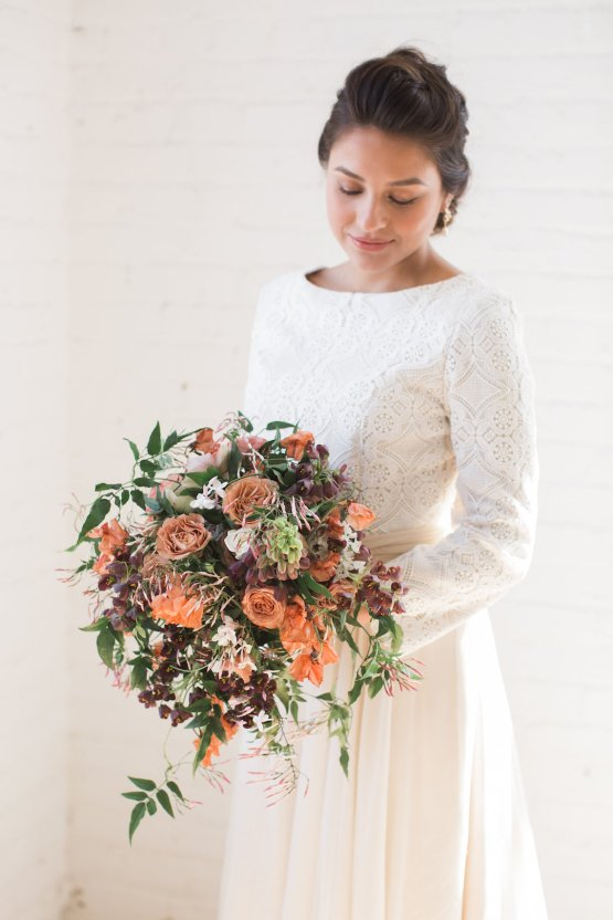 Light & Modern Wedding Inspiration With Cool Modest Gowns | Sons and Daughters Photography 32