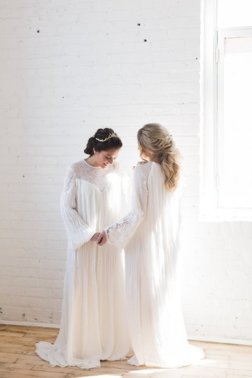 Light & Modern Wedding Inspiration With Cool Modest Gowns | Sons and Daughters Photography 41