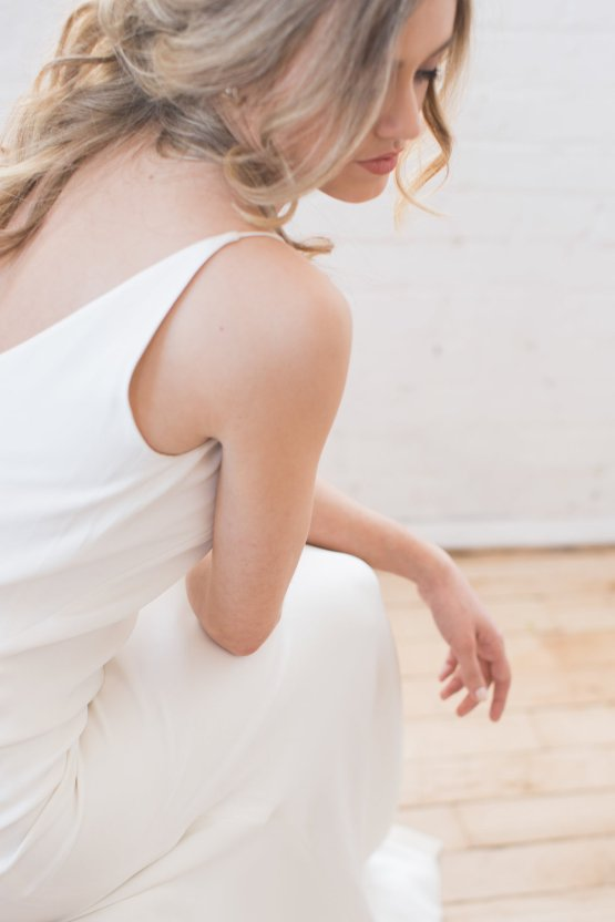 Light & Modern Wedding Inspiration With Cool Modest Gowns | Sons and Daughters Photography 45