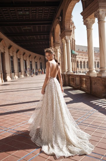 World Exclusive: The Sparkling Berta Fall 2018 Seville Collection 38