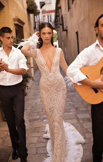 World Exclusive: The Sparkling Berta Fall 2018 Seville Collection 50