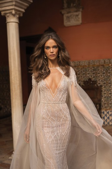 World Exclusive: The Sparkling Berta Fall 2018 Seville Collection 60