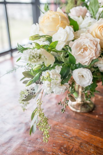 Gorgeous Buttercream & Ivory Wedding Inspiration | Anna + Mateo 14