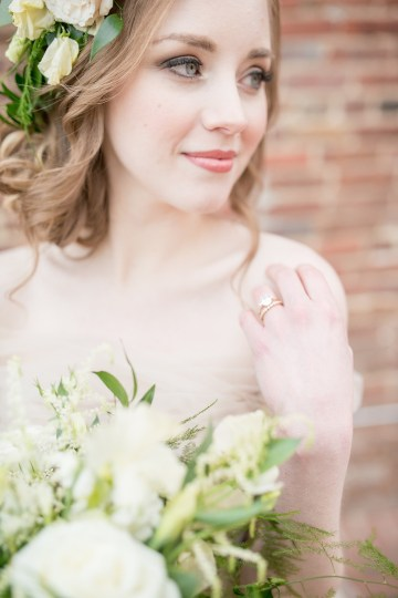 Gorgeous Buttercream & Ivory Wedding Inspiration | Anna + Mateo 41