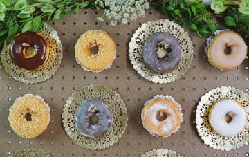 How To Make A Trendy DIY Donut Wall For Your Wedding