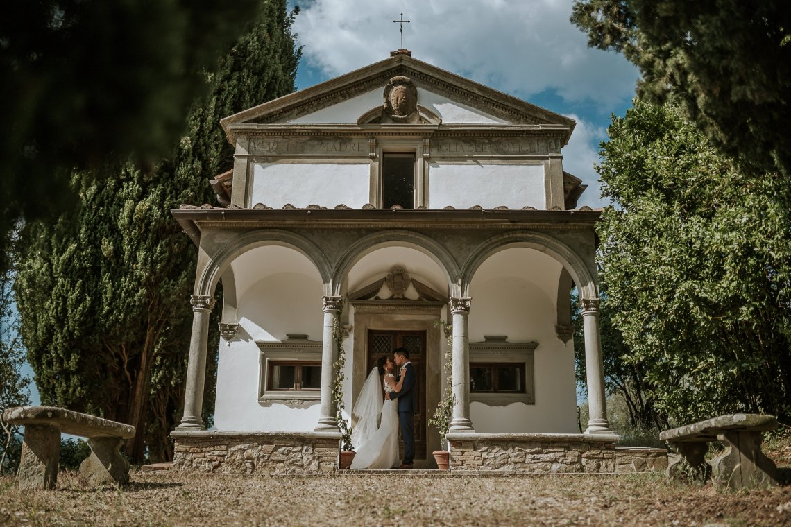 Intimate, Eucalyptus Filled, Destination Wedding in Italy | Alberto e Alessandra Photography 10