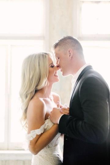 Luxurious Green & Gold Wedding Inspiration | Saje Photography 26