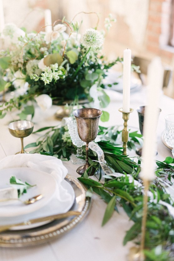 Luxurious Green & Gold Wedding Inspiration | Saje Photography 41