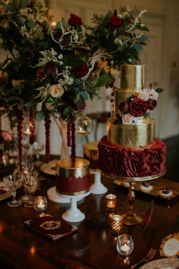 Luxurious Red & Green Wedding Inspiration Featuring A Glam Black Gown | Jamie Sia Photography 13