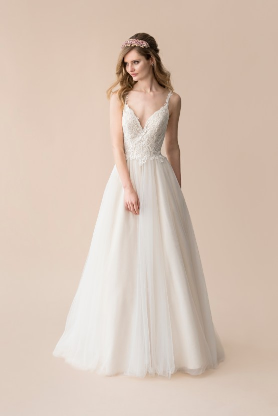 Take our wedding dress quiz and find your perfect wedding dress style!