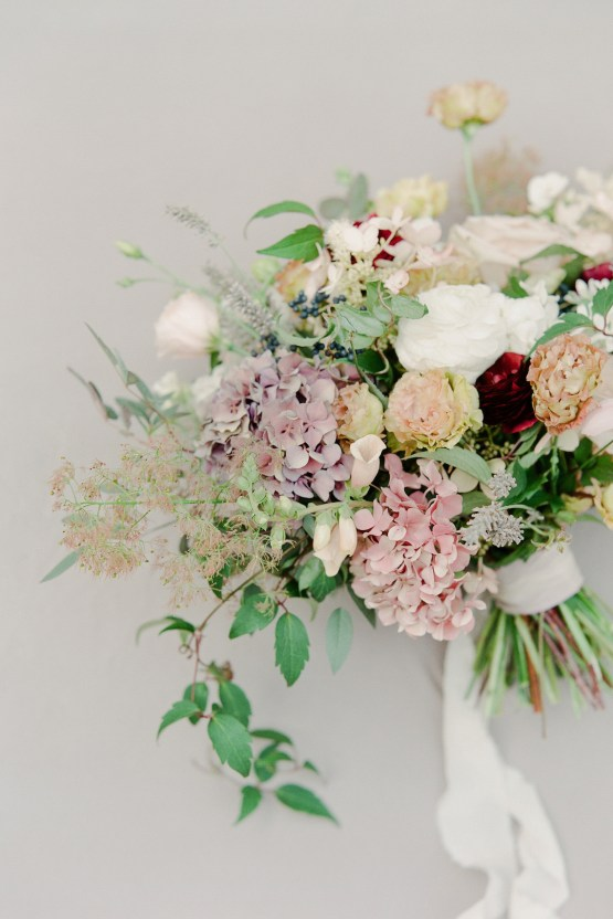 5 Tips For Creating A Budget-Friendly Wedding Bouquet | Jeanni Dunagan 21