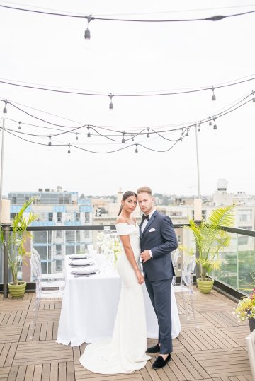 Classy Modern Rooftop Wedding Inspiration | Anna + Mateo Photography 20