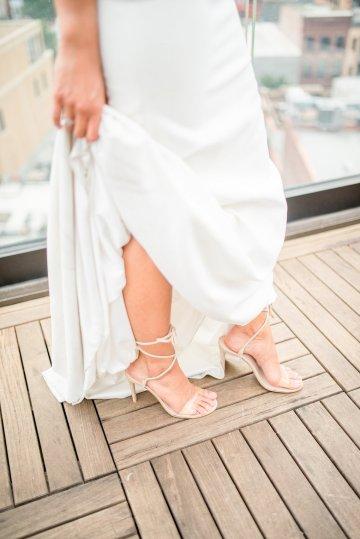 Classy Modern Rooftop Wedding Inspiration | Anna + Mateo Photography 29