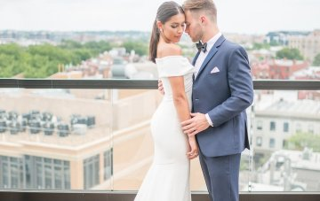 Classy Modern Rooftop Wedding Inspiration