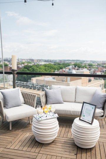 Classy Modern Rooftop Wedding Inspiration | Anna + Mateo Photography 7
