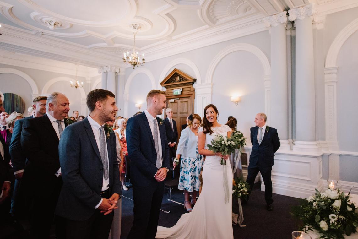 Cool, Modern London Wedding | Oliver McGivern Photography 4