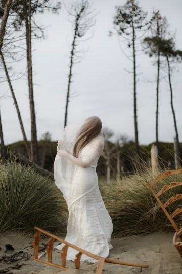 Driftwood & Seagrass, Seaside Boho Wedding Inspiration | Monica Leggio 10