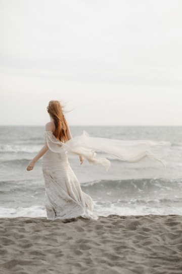 Driftwood & Seagrass, Seaside Boho Wedding Inspiration | Monica Leggio 28