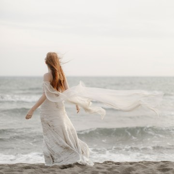 Driftwood & Seagrass, Seaside Boho Wedding Inspiration | Monica Leggio 28