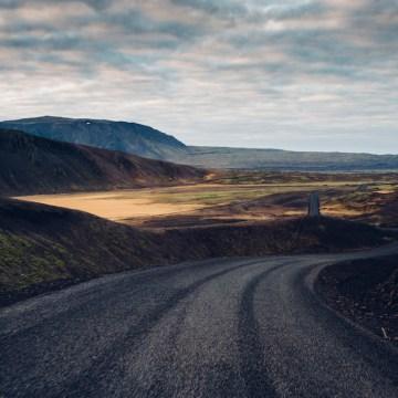 Iceland Lovers Roadtrip; An Adventurous Honeymoon Guide   Maximilian Photography 9