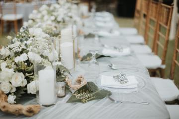 Modern & Hip Bali Wedding Featuring Sparklers & Flower Crowns | Iluminen Photography 15