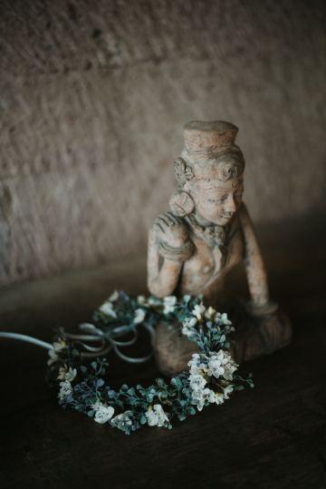 Modern & Hip Bali Wedding Featuring Sparklers & Flower Crowns | Iluminen Photography 28