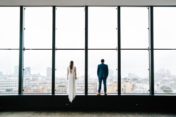 Underground Gallery Wedding In London With Cool, Flashy Signage   Studio 1208 Photography 16