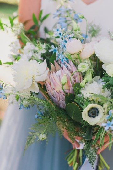 Vibrant Ocean Blue Watercolor Wedding Inspiration | Lola Event Productions | Artistrie Co. 39