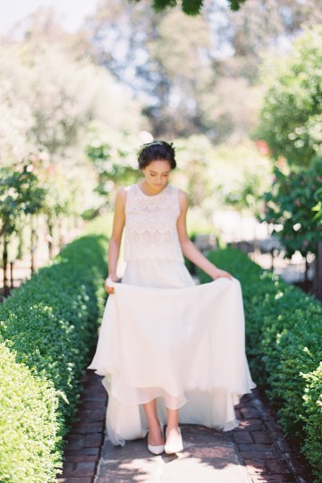 Vintage Lace; Pretty Wedding Ideas Featuring A Crepe Cake & Lamb's Ear Bouquet | Nathalie Cheng 9