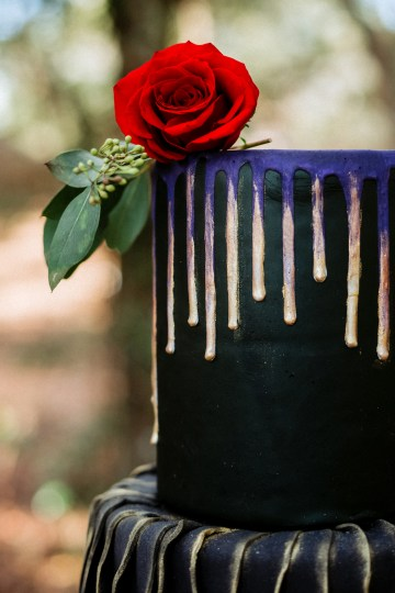 Woodsy Jewel-Toned Wedding Ideas (With A Circle Arch!) | Grind & Press Photography 15