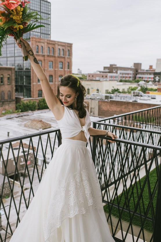 A Designer Bride's Hip Brooklyn Wedding With Tropical Vibes | KM Photo 25
