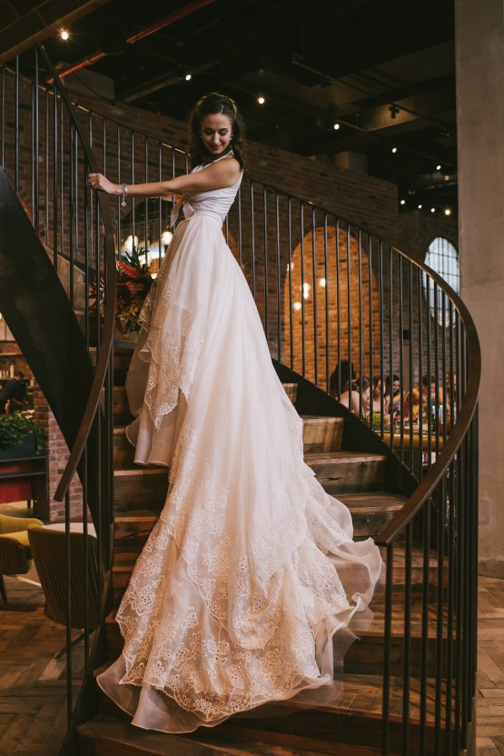 A Designer Bride's Hip Brooklyn Wedding With Tropical Vibes | KM Photo 31