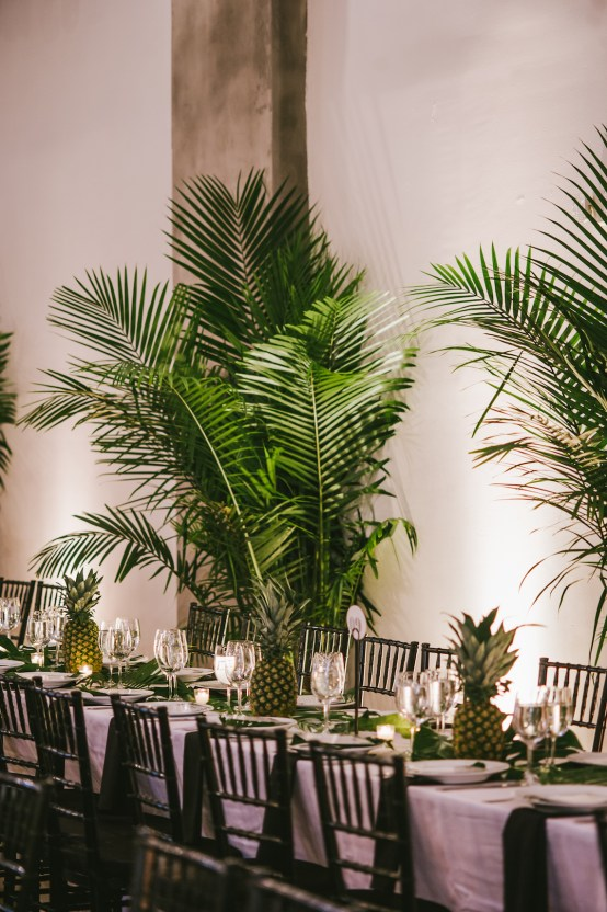 A Designer Bride's Hip Brooklyn Wedding With Tropical Vibes | KM Photo 53